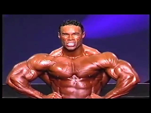 Kevin Levrone 2002