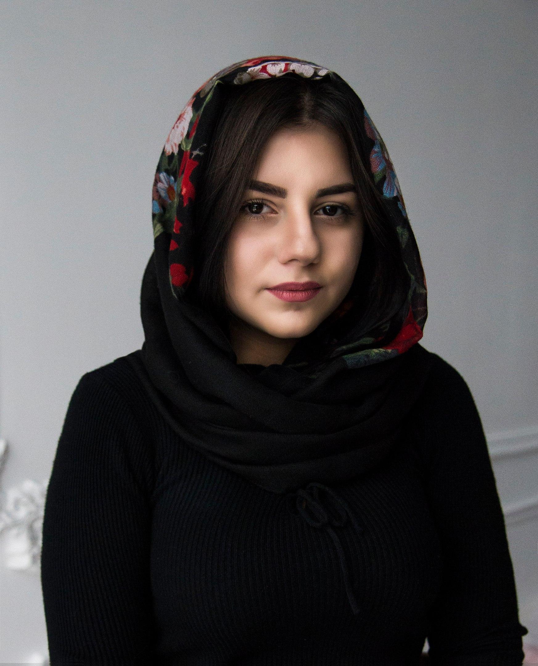 Красиво девушка чеченки