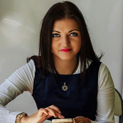 Анастасия Юнаковская