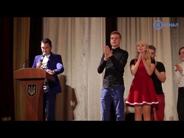 Сміх продовжує життя: гумористів зі всіх куточків України зібрала ліга КВН «Поділля»