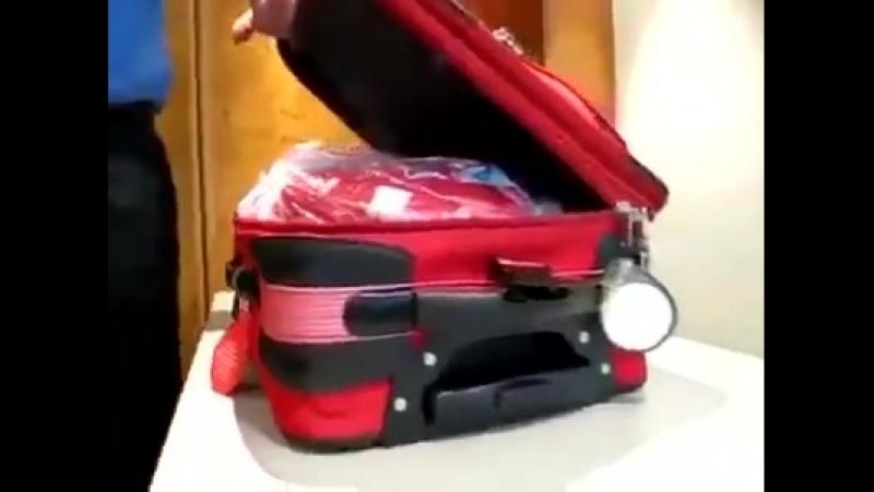 Как_открыть_молнию_чемодана_на_замке_Видео_Приколы56