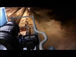 Просрали груз, 18 (осторожно мат) Load straps break spilling thousands tons of cargo into the sea