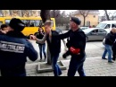 В Крыму избит депутат Гончаренко 05.03.2014 In Crimea, deputies beat Goncharenko · coub, коуб