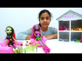 Monster Highle kafe oyunu. Yemediklerini hayvanlara ver kampanyas