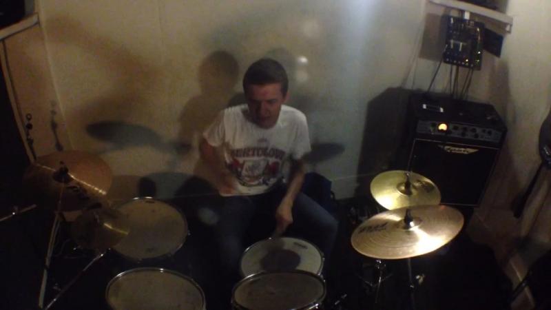 Вованя барабанщик виртуоз