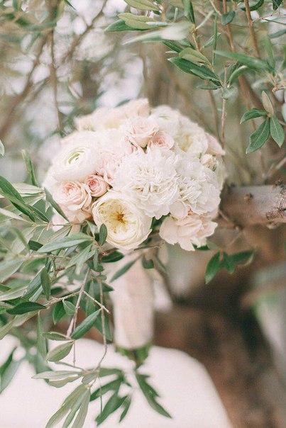 Букет невесты Ани. Фотограф: Марго Ермолаева (margoermolaeva.ru)