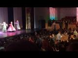 Мальчишки на концерте Надежды Бабкиной