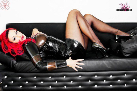 ♠ LATEX QUEEN #Fetish #Fashion #Model #Latex #Rubber #Leather