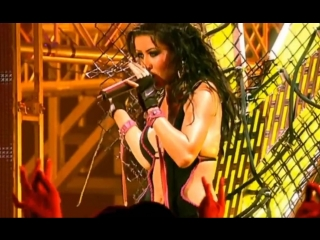 Christina Aguilera - Genie In A Bottle (the Stripped Tour in UK)