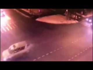 Наезд Gelandewagen на школьниц в Москве: видео 13.12.2016