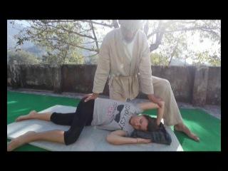 Тайский йога-массаж для снятия стресса_thai-yoga massage against stress_Himalayan Zen School