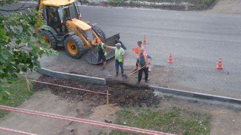 Жительница Чистополя пожаловалась на закрытый проезд во двор на улице Энгельса – «Народный контроль»