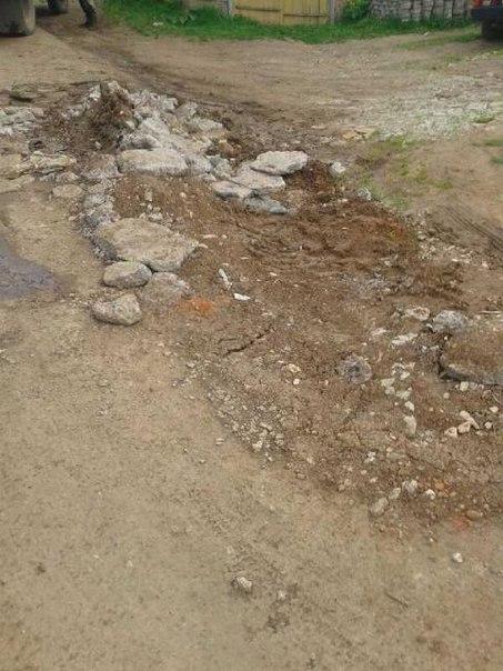 Жительница Чистополя пожаловалась на разрушенную коммунальщиками дорогу на улице Гайдара – «Народный контроль»