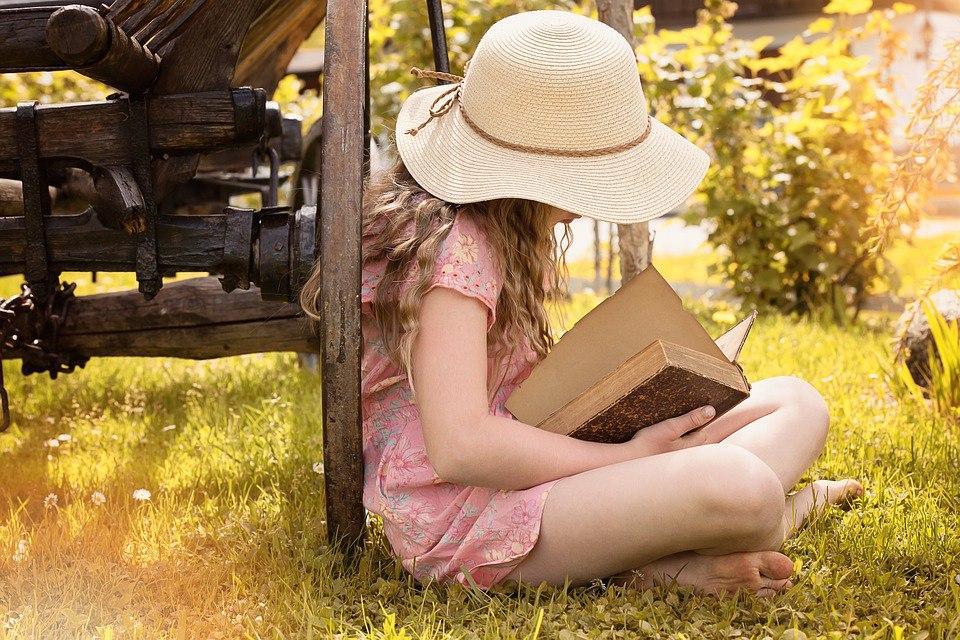 20 уютных фотографий с книгами