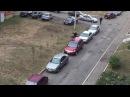 03 09 2016 Задержание пьяного водителя во дворах Михайлова 9 на белом фургоне ижразбора Ижевск