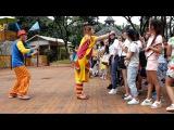 Клоуны в Китае  chimelong