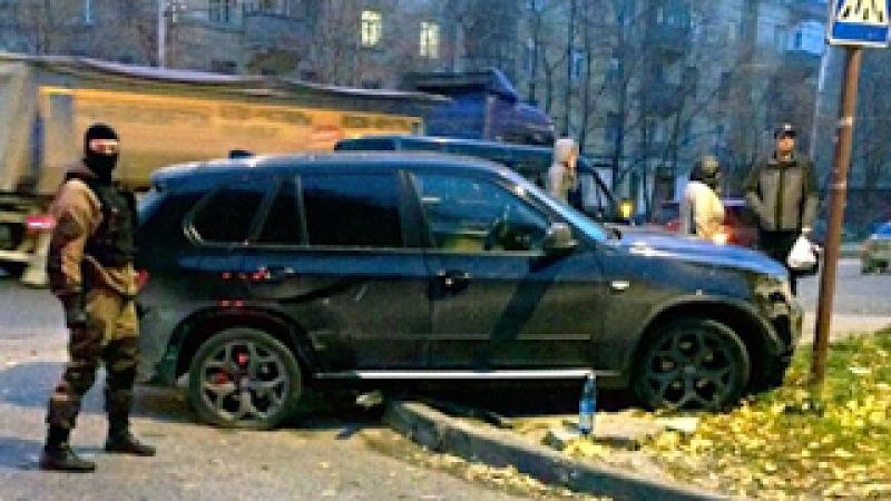 ОПЕР Залез на Капот BMW X5, ЖЕСТКОЕ ЗАДЕРЖАНИЕ, за Нападение на ИНКАССАТОРОВ