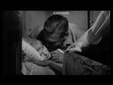 Сюрприз утром - Мэрилин Монро (Marilyn Monroe) в фильме Неприкаянные (The Misfits, 1961, Джон Хьюстон) 1080p