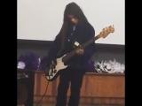 Tye Trujillo (The Helmets) - Robert Trujillos son - play Black Sabbaths N.I.B
