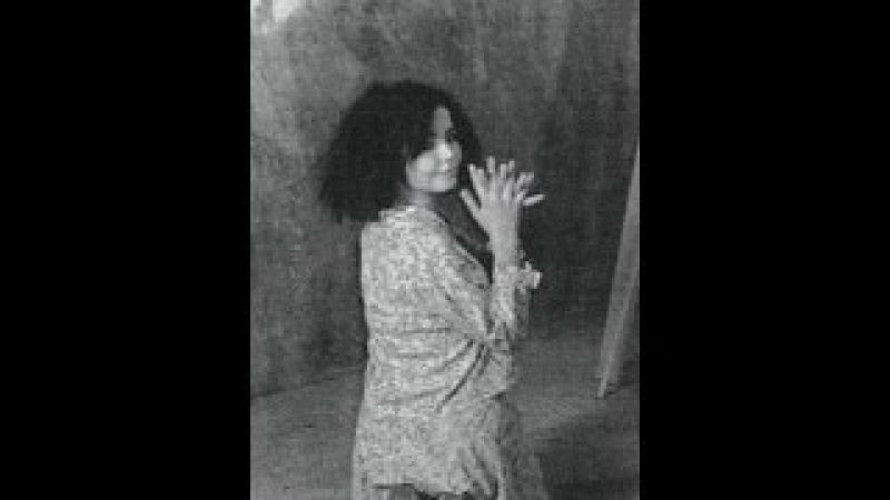 Björk: 'Maria' Glerbrot: (Broken Glass) (1986) Íslenskar sjónvarpsmyndir: [RÚV]