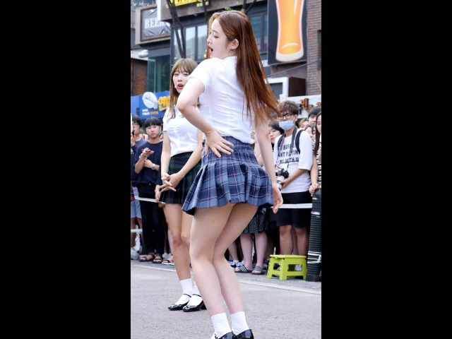 160625 다이아 (DIA) - 멤버개인기 버블팝 Bubble Pop! 빨개요 RED [은진] 직캠 Fancam (홍대버스킹공연)