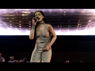 Rihanna - Run This Town (Philips Arena, Atlanta, 18.05.2016)