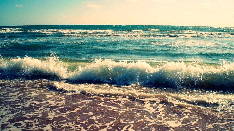 Море голубое волны пирс бесплатно