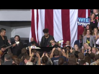 Lady Gaga performs at Hillary Clinton's Rally in North Carol-2