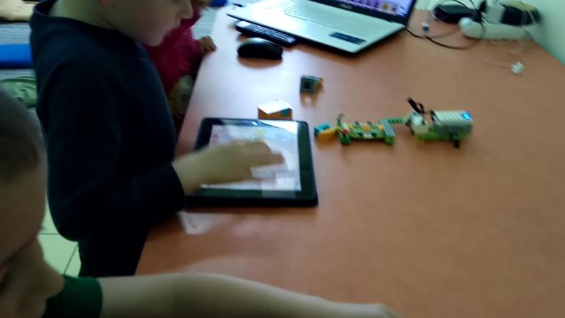 Заняття з робототехніки WeDo у Robocamp Rivne