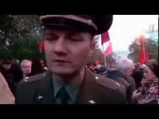 Вот так должен выглядеть настоящий русский офицер! Покажите это Путину, пусть зн...