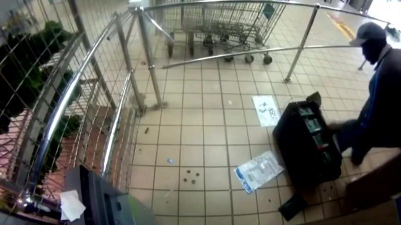 Ограбление инкассаторов в южноафриканском супермаркете
