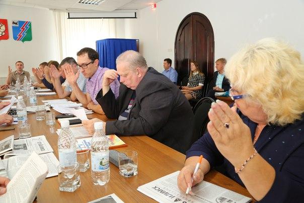 Повысить тарифы в два раза просят усть-илимские депутаты губернатора Иркутской области