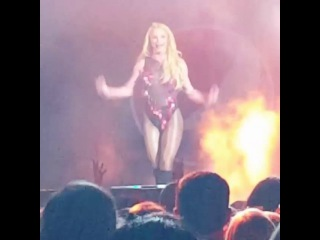 Britney Spears - Crazy @ B96 Pepsi Jingle Bash 2016
