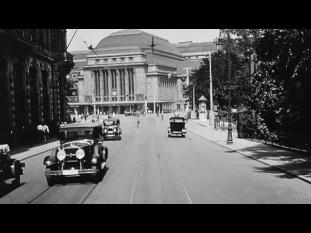 Straßenbahnfahrt durch Leipzig . 1931 . richtige Geschwindigkeit und entwackelt