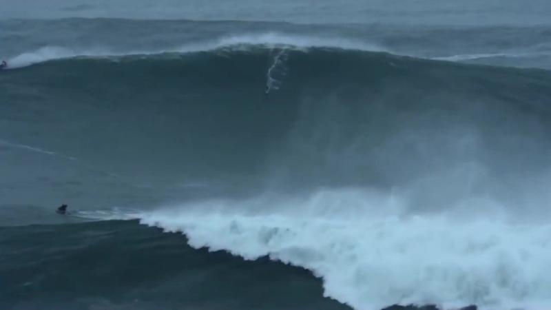 Самые большие волны в мире! (Назаре, Португалия)