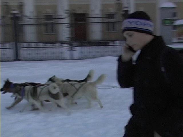 Рівнянка знайшла спосіб долати снігові замети (ВІДЕО)