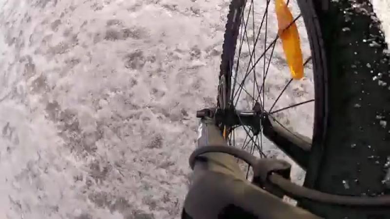 Поход по Байкалу 9. Опасный тонкий лед.