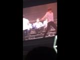 [FANCAM] 160722  EXO @ EXOrdium In Seoul  D1 - Lady Luck accoustic ver