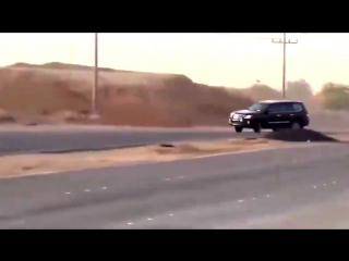 Дріфт на Lexus LX 570
