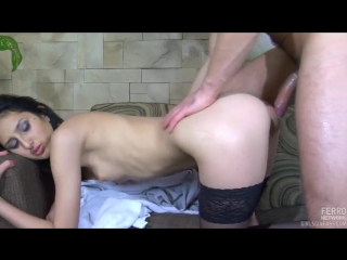 Армянка в колготках трахается с парнем — photo 3