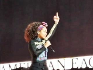 Alicia Keys Gives Donald Trump A Big F*** You & Urges Voters