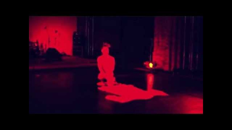 Tadashi Endo solo performance to the ballet of Victoria Poleva Gagaku (fragment)