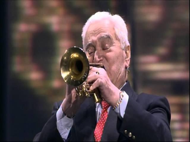 Арно Бабаджанян —«В горах моё сердце», исполняет Владимир Тартаковский