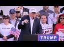 Farsa desmontada: Trump não ridicularizou deficiência de repórter