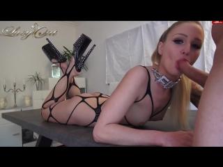 Порно онлайн красивая блондинка кончается