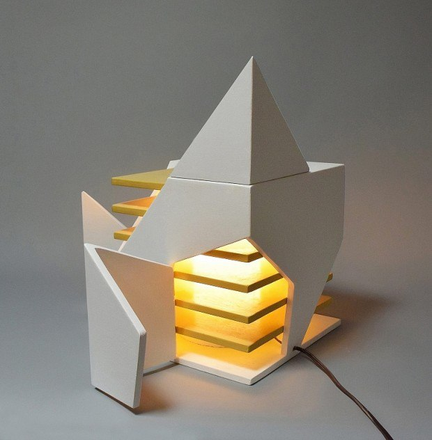 Sculpture lumineuse par Michael Jantzen