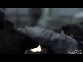 Стрела vs Дефстроук