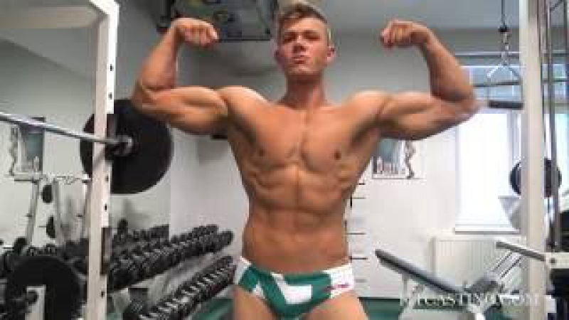 Jakub Šmucr Speedo Workout And Flexing
