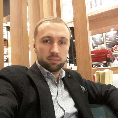 Виталий Коршунов