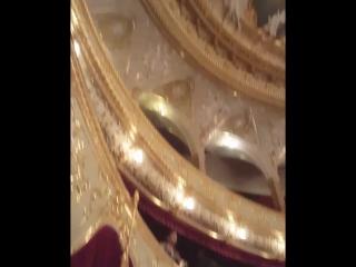 Невероятно красивый оперный театр!Стены пропитанные историей!❤